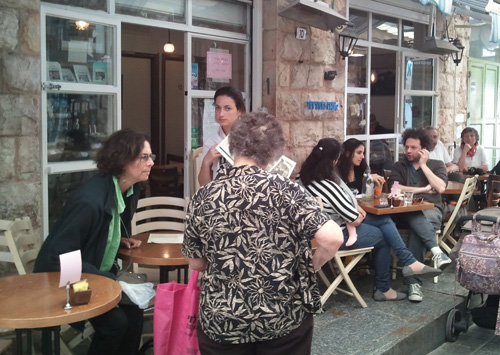 A popular Jerusalem restaurant under illegal private kosher certification. (Photo courtesy of Timothy Lytton.)