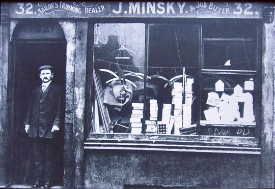 J. Minsky, tailor's trimmings, Aldgate, East End, ca. 1905. (Courtesy of Jewish East End Celebration Society.)