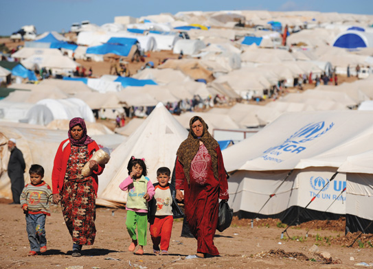Internally displaced Syrians in the Atme camp.