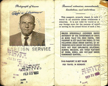 1958 passport issued to Al Schwimmer, which he used on his official trips as head of Israel Aerospace Industries.