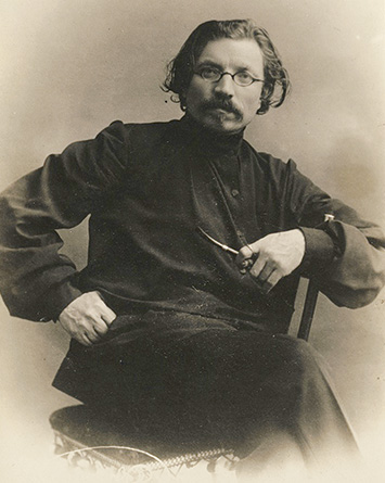Sholem Aleichem as a young man, St. Petersburg, ca. early 1900s. (Courtesy Beit Scholem Aleichem, Israel.)