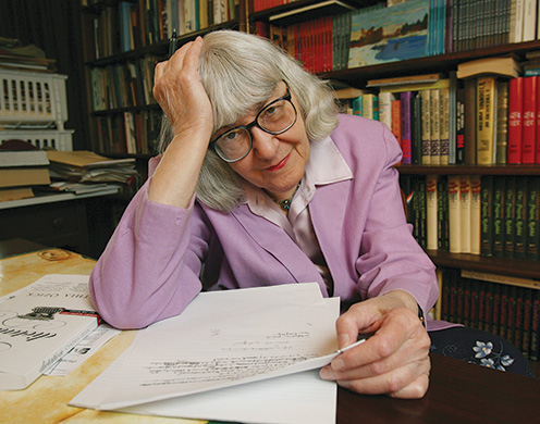 Cynthia Ozick at home, New Rochelle, New York, April 2008. (AP Photo/Kathy Willens.)