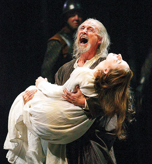 Photo of performance of King Lear at the Stratford Festival in Ontario.