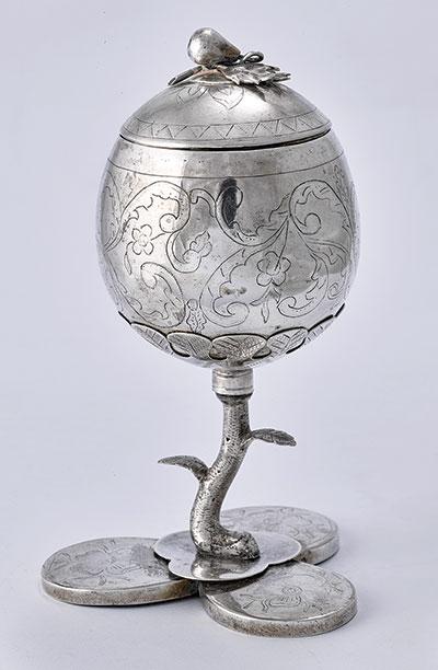 Silver apple-shaped kiddush cup