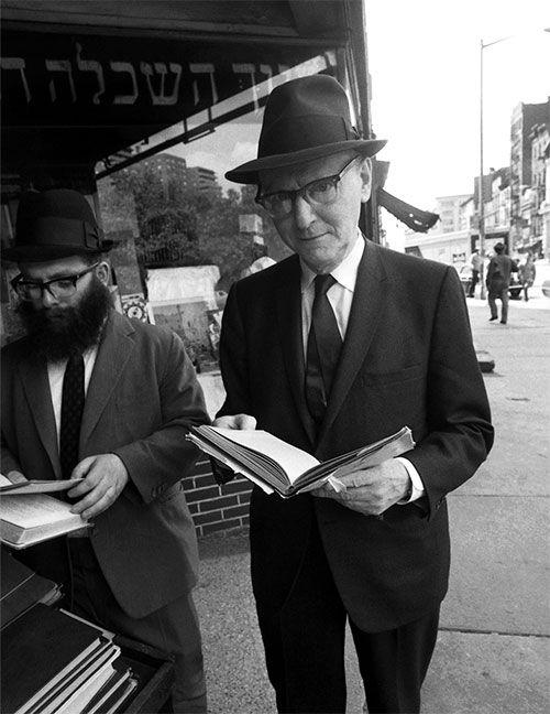 Isaac Bashevis Singer outside the S. Rabinowitz Hebrew book store on the Lower East Side, New York City, 1968. (Photo by David Attie/Getty Images.)