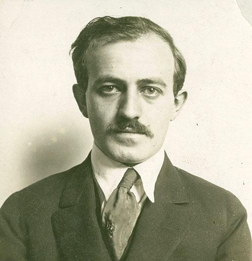 Ben Hecht, ca. 1915–1920. (The Newberry Library.)
