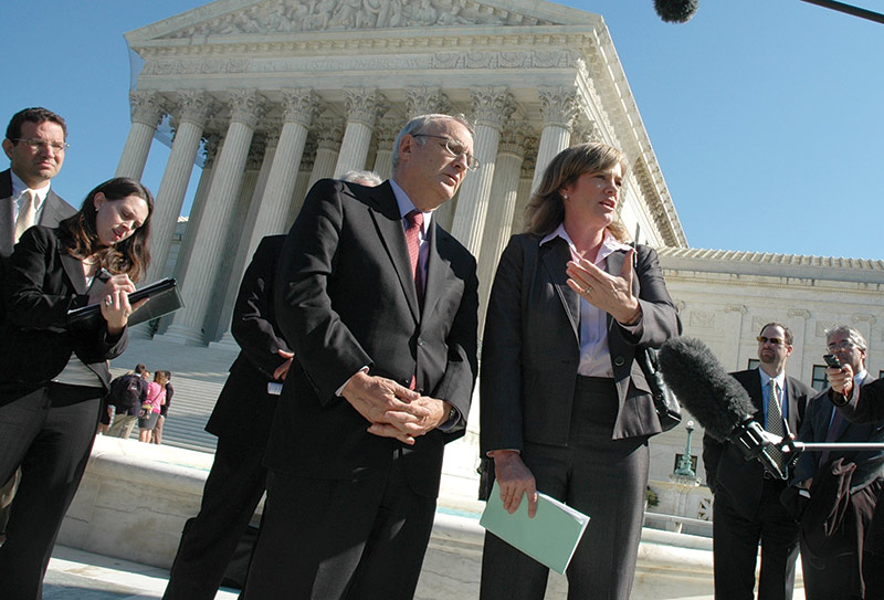 Holly Hollman (right), counsel for the Baptist Joint Committee, after oral arguments in the Hosanna-Tabor case, October 2011, with Rabbi David Saperstein of the Religious Action Center of Reform Judaism.